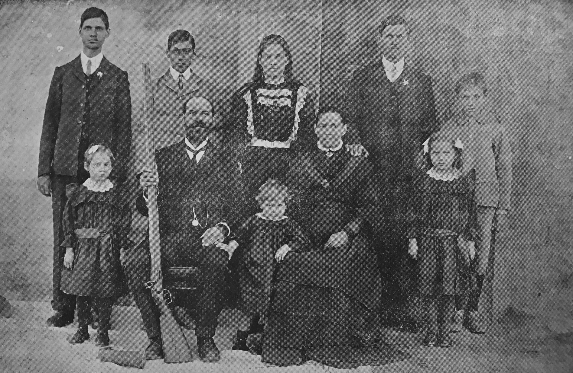 finding the right genealogist